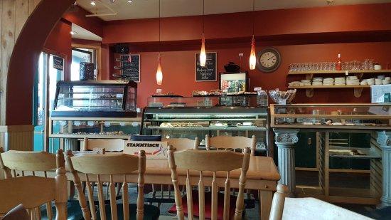 Bugaboos Bakery Cafe