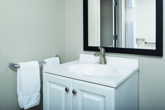 La Quinta Inn & Suites Fairfield - Napa Valley: GuestRoomAmenity