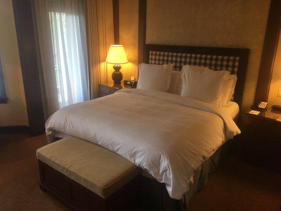 Four Seasons Resort and Residences Whistler: photo3.jpg
