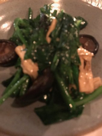 Enmore, Austrália: green with tofu and mushroom
