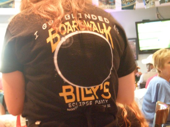Boardwalk Billy's : back of staff shirt