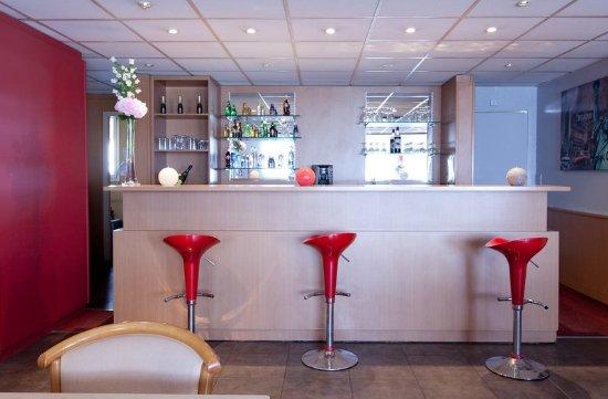 Hôtel balladins Cannes / Le Cannet: Bar
