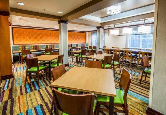 Exeter, Nueva Hampshire: Breakfast Room - Seating Area