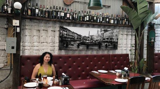 Betuccini's Pizzeria & Trattoria: photo6.jpg