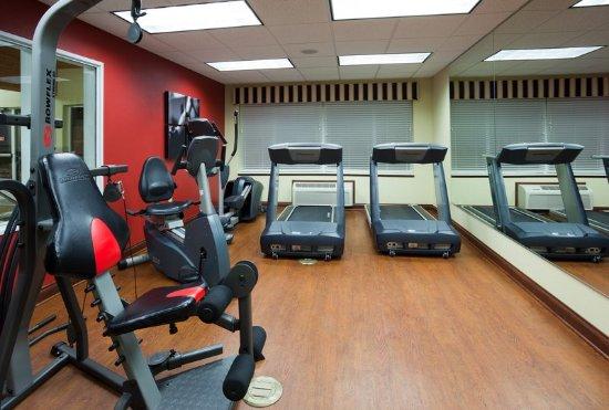 CountryInn&Suites Marinette FitnessRoom
