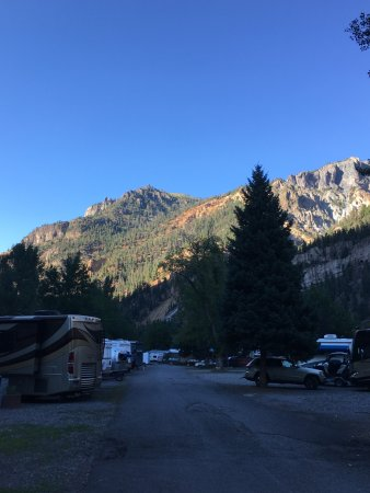 4J+1+1 RV Park: One view from RV park