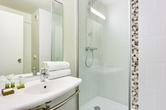 Bobigny, Frankrijk: Bathroom