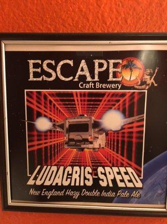 Redlands, Californië: Escape Craft Brewery