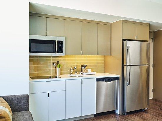 Basalt, CO: Studio Kitchen