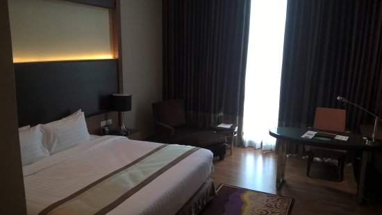 The Grand Fourwings Convention Hotel : Room