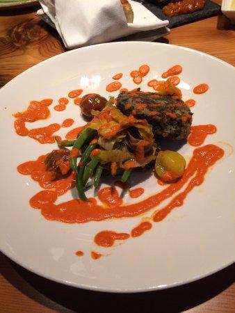 Spur Restaurant & Bar: fresh veggie patty