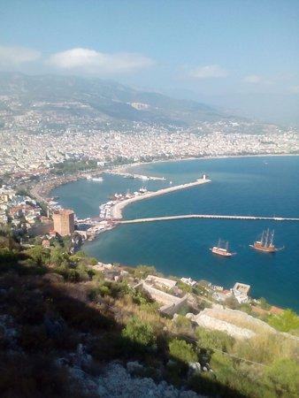 Кестель, Турция: панорамная площадка для фото у крепости