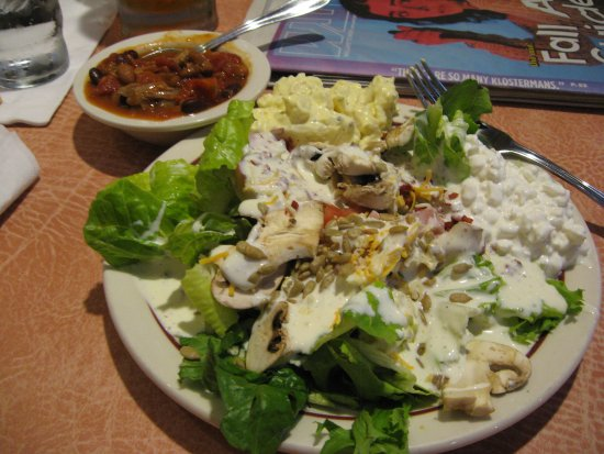 Haines, OR: A salad selection and some of the prime-rib chili