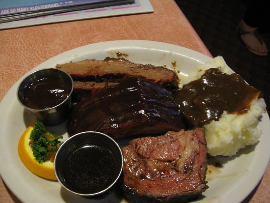 Haines, OR: The $25.50 sampler plate (prime rib, ribs, brisket), all good