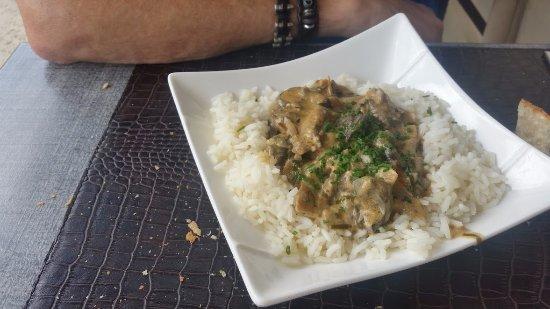 Saint-Julien-les-Villas, Francia: Escargots sur riz en plat du jour