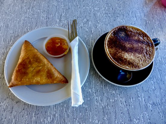 Christchurch Gondola : Our Vegetable Curry Samosa & Mango Chutney & Cappuccino