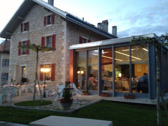 Crassier, Ελβετία: Exterieur