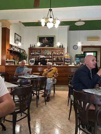 Petra, Spanyol: Cafe Can Tomeu 1945