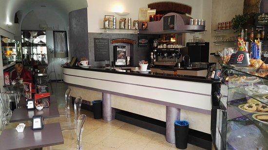 Province of Bergamo, Italia: Cafè de Paris