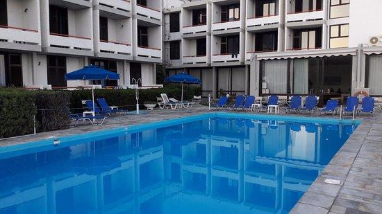Πισίνα ξενοδοχείου