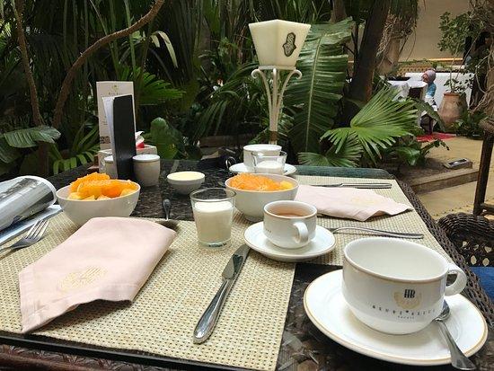 L'Heure Bleue Palais : breakfast