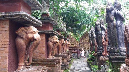 Lipa Noi, Thailand: Dusit Dhewa Samui Cultural Center