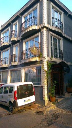 Basileus Hotel: IMAG0291_large.jpg