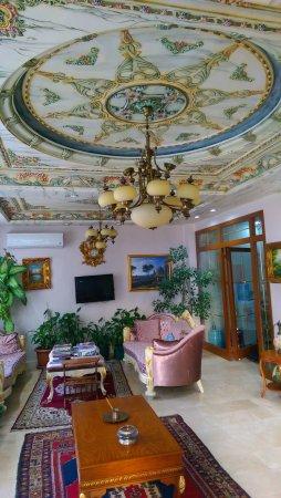 Basileus Hotel: IMAG0293_large.jpg