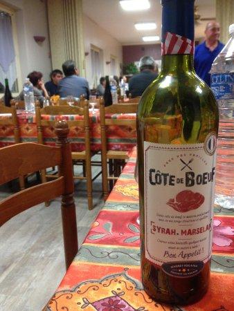 Linieres-Bouton, Γαλλία: Cote de Boeuf evening - very nice wine too !