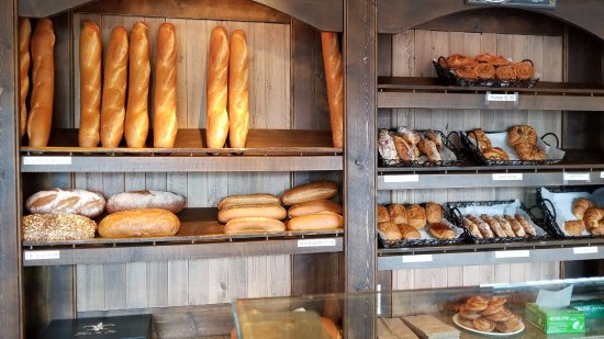 Birmingham, MI: Ah, those great baguettes and other breads!