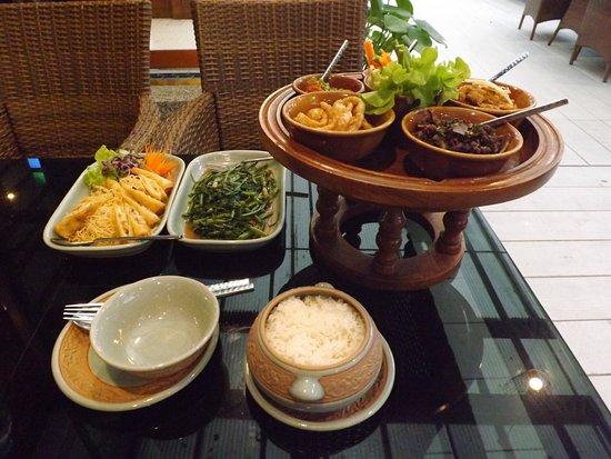 料理も雰囲気もよいタイ料理店