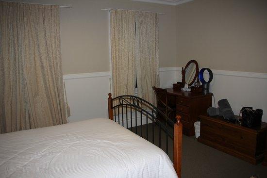 Dungog, Avustralya: Dressing table in room 10