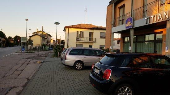 Tessera, Italia: IMG_20170912_191438669_large.jpg