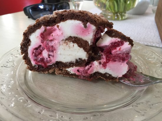 Viljandi, Estonia: Raspberry pastry with cream filling