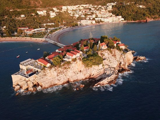 how to get to aman sveti stefan