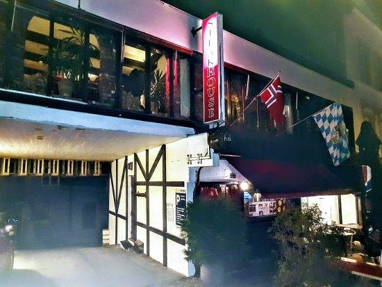 Honefoss, Νορβηγία: Pampas Steakhouse i Hønefoss, ligger i andre etasje i en sidefløy til Søndre torv 4. Inngang fra