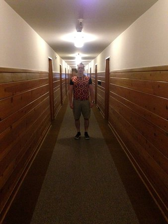 Timberline Lodge, OR: Lurking at the end of the hallway by room #217