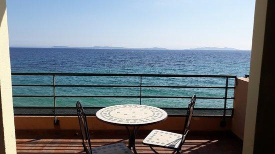 hotel cavaliere sur plage photo de hotel ibersol cavaliere sur plage le lavandou tripadvisor. Black Bedroom Furniture Sets. Home Design Ideas