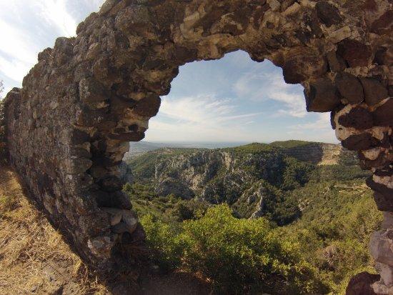 Evenos, Francja: magnifique vue panoramique