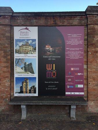 Barolo, Italia: the sign