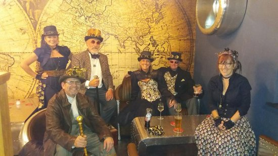Selby, UK: Steampunk visit to the Escapologist !
