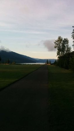 Enderby, Canada: View of lake from some houses, condos.