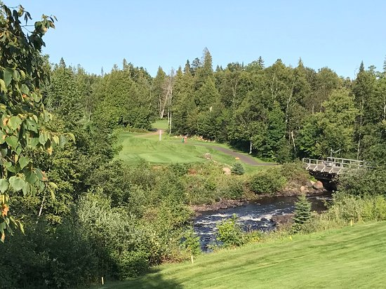Lutsen, MN: Nearby Superior National Golf course