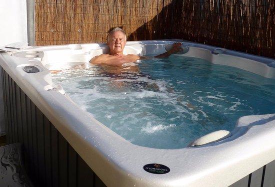 Honiton, UK: Hot Tub at Blossom Hill