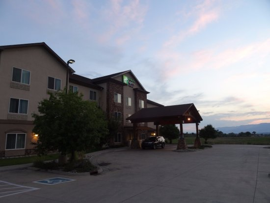 Silt, CO: Front of the hotel