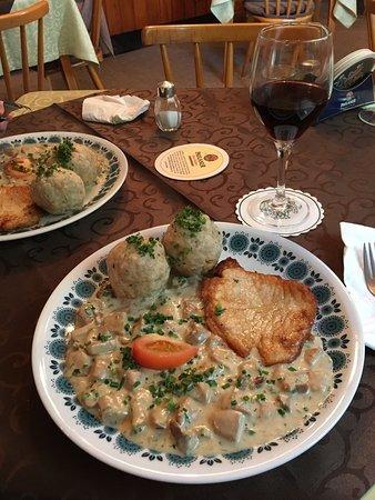 Amorbach, Niemcy: Sehr nette Bewirtung, sehr leckeres Essen. Absolut weiterzuempfehlen.Und es gibt hausgemachte Ma