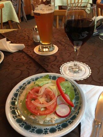 Amorbach, Alemanha: Sehr nette Bewirtung, sehr leckeres Essen. Absolut weiterzuempfehlen.Und es gibt hausgemachte Ma