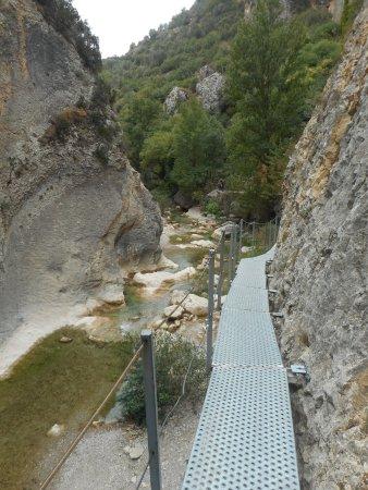 Alquézar, España: Ruta de las pasarelas del Vero