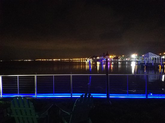 Bay Harbor Hotel: 20170915_205849_large.jpg