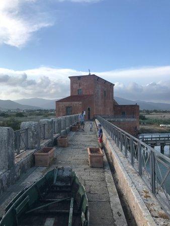casa rossa ximenes castiglione della pescaia italien ForPonte Sul Davanti Della Casa